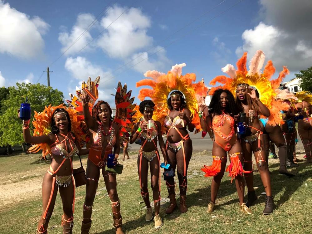 Myst carnival, antigua