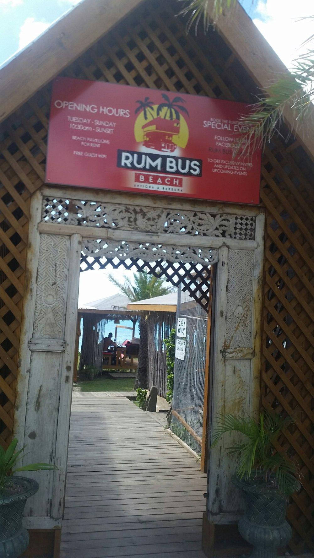 Rum Bus Antigua
